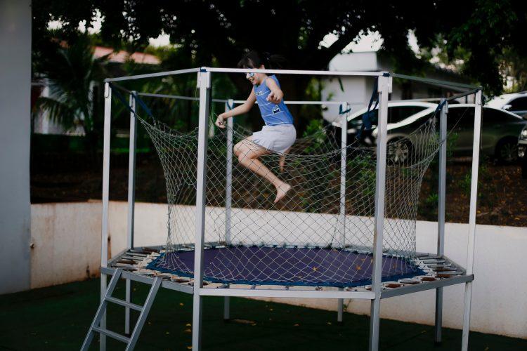 Je eigen tuin trampoline veilig opbouwen doe je zo